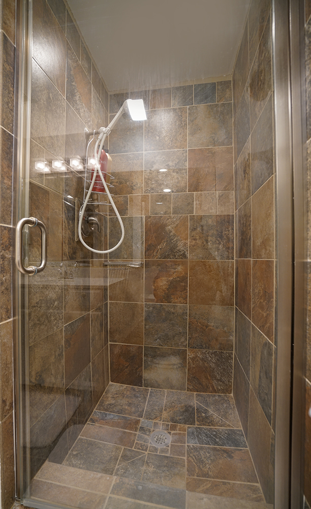 south pasadena condo for sale shower | Los Angeles Real Estate